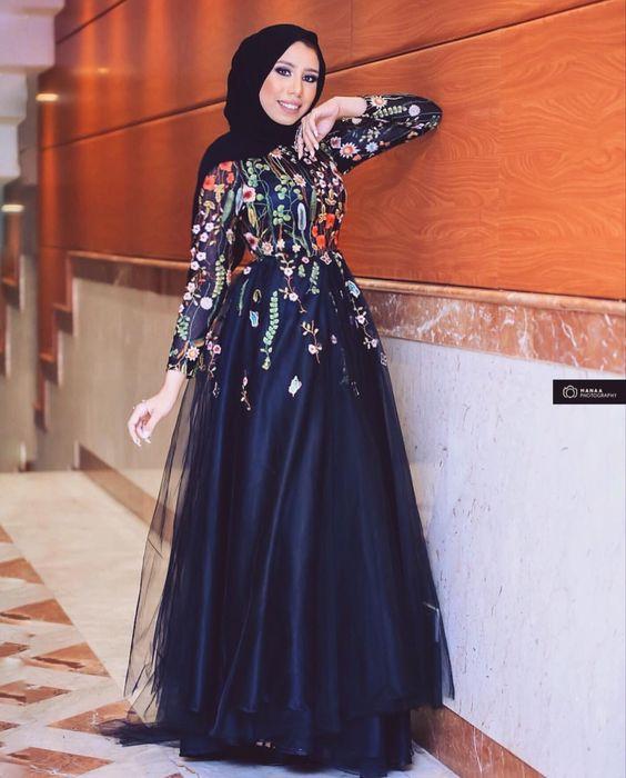 صورة فساتين سواريه للمحجبات 2019 , صور ازياء سهرات وفساتين للمحجبات