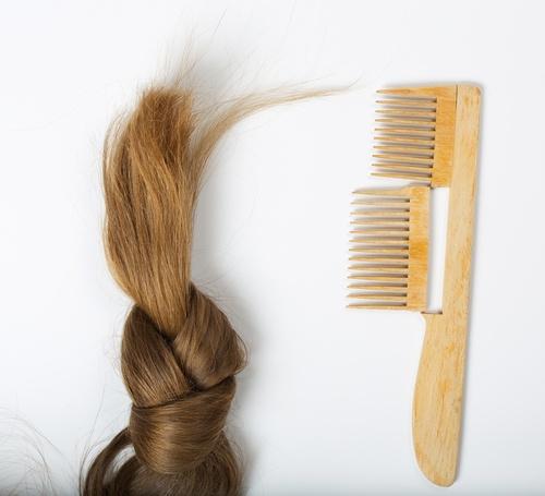 صورة اسباب تقصف الشعر , كيفية حدوث تقصف الشعر